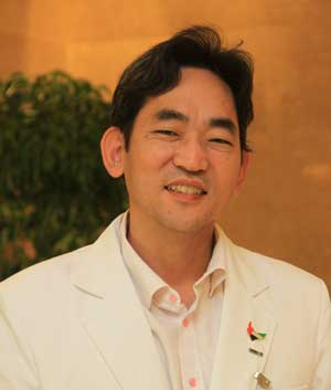 Dr. DongHoon Oh