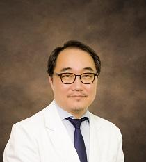 Dr. Chang, Ji Min