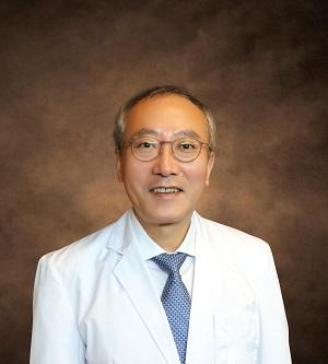 Dr. Chang Suk Suh