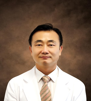 Dr. Il-Ung Hwang
